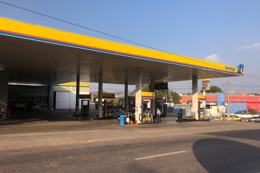 Posto-de-gasolina-vinhedo-Center-Car-02